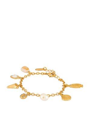 Ettika Shell Charm Bracelet in Gold | REVOLVE