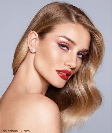 Rosie Huntington-Whiteley shares her love for makeup and favorite beauty tips - Fab Fashion Fix