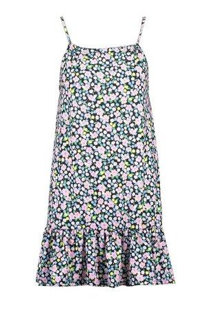 Ditsy Floral Print Swing Frill Hem Dress | boohoo