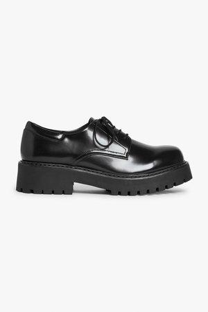 Faux leather dress shoes - Black - Shoes - Monki WW