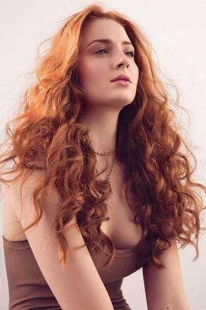 Sophie Turner - Sansa Stark