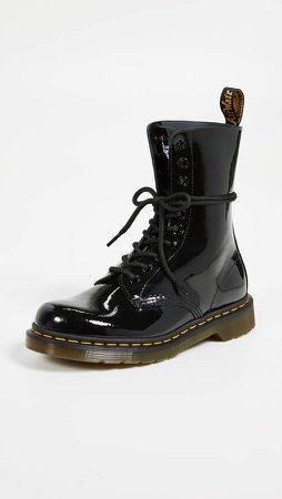 x Dr. Marten Boots