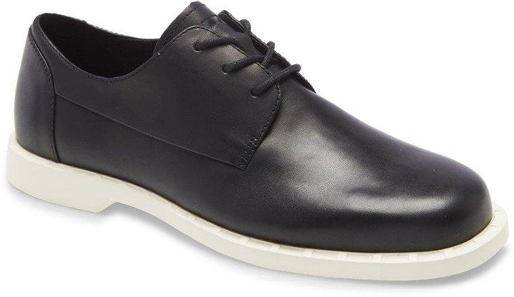 Juddie Oxford Shoe
