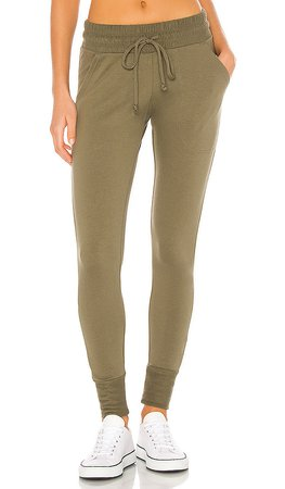 Free People X FP Movement Sunny Skinny Sweatpant in Everest Olive | REVOLVE