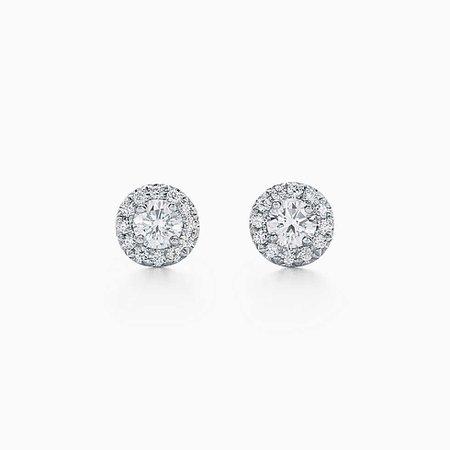 Tiffany Soleste earrings of diamonds in platinum. | Tiffany & Co.