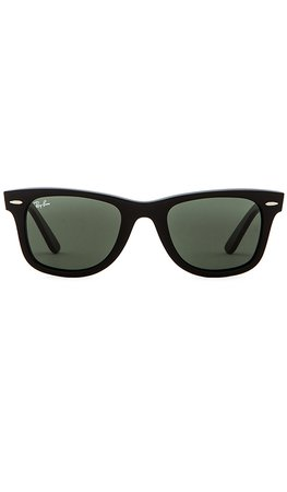 Ray-Ban Original Wayfarer Classic in Black | REVOLVE