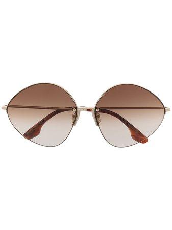 Victoria Beckham, Oval sunglasses