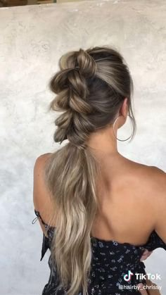 20 Cute French Braid Hairstyles to Up Your Weekend Hair Game   Weekend hair, French braid hairstyles, Braided hairstyles