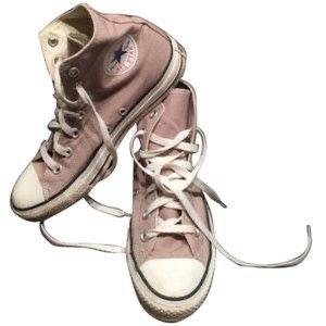 light pink converse