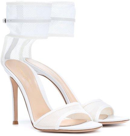 Erin sandals