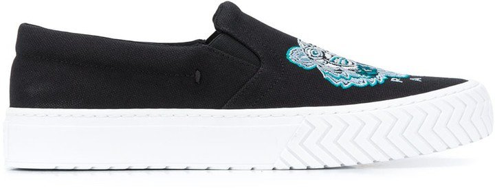 Tiger logo embroidered slip-on sneakers