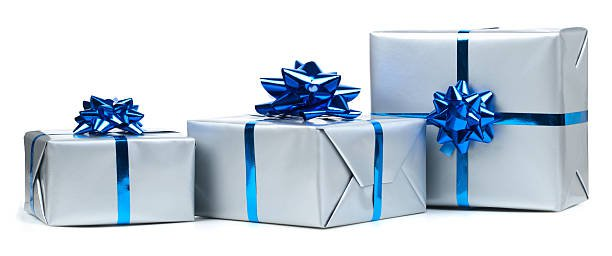 gift-boxes-picture-id183280541 (612×256)