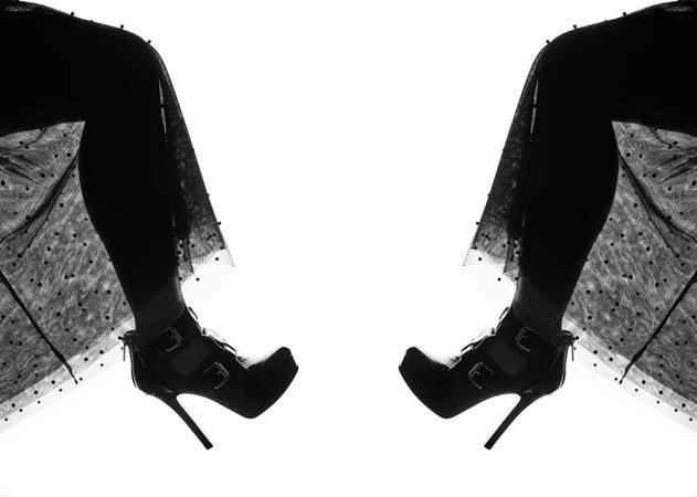 monochrome black fashion instagram - Google Search