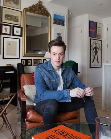 """Erich Bergen on Instagram: """"Home sweet home. Check out my house tour on @apartmenttherapy. I learned everything from @craftcast and @nateberkus. Photos by…"""""""