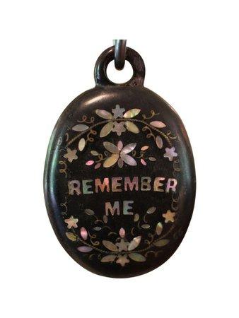 remember me pendant