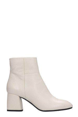 Fabio Rusconi Ankle Boots In White Leather