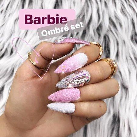 Pinterest - BARBIE PINK OMBRE SET | Nails