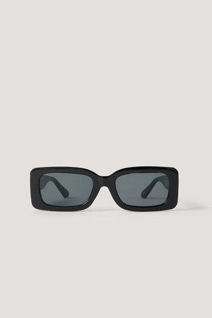 Wide Edge Sunglasses Black | na-kd.com