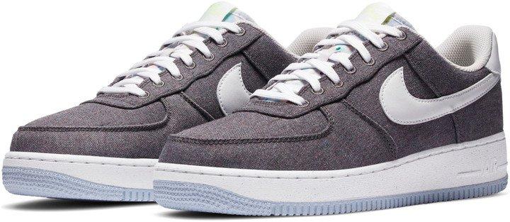 Air Force 1 '07 LX Sneaker