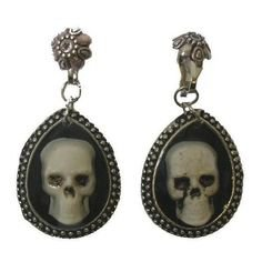 black skull earrings jewelry goth gothic