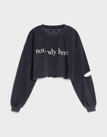 Acid wash cropped sweatshirt - New - Bershka United States