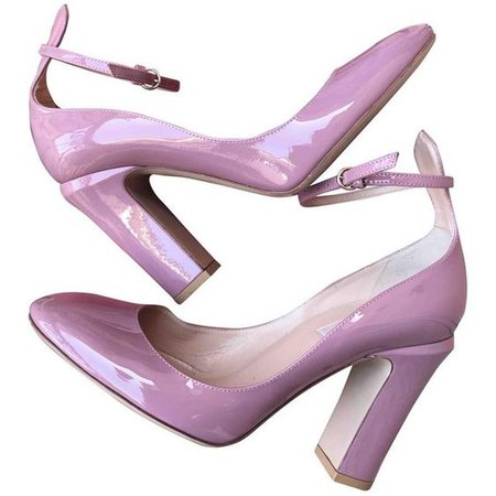 purple shoes png