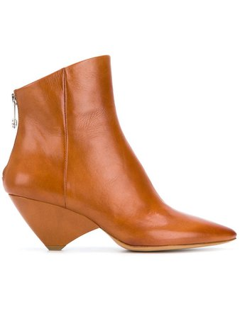 MAISON MARGIELA | geometric-heel pointed boots