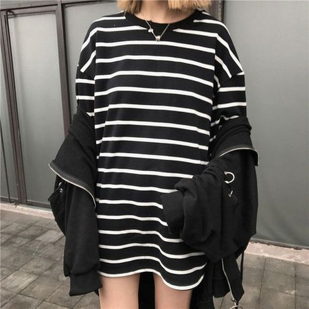 3/4-Sleeve Striped Loose-Fit Long T-Shirt
