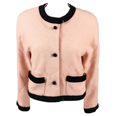 Chanel 1990s Pink Tweed Cropped Jacket For Sale at 1stdibs