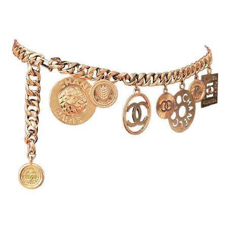 Chanel - CHANEL GOLTDONE MEDALLION CHAIN BELT