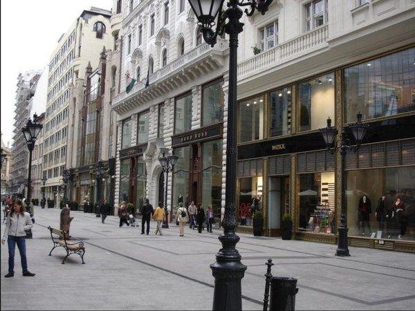 budapest street – Google Kereső