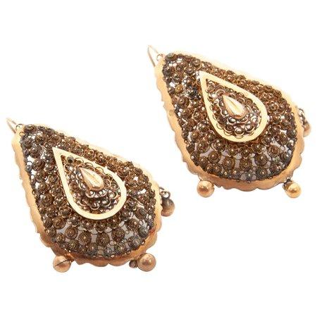 14 Karat Yellow Gold Filigree Drop Earrings For Sale at 1stDibs