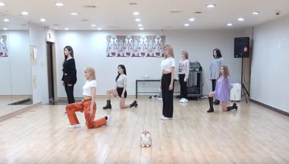 Deja Vu dance practice