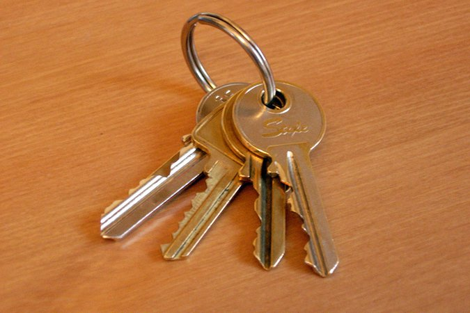 keys1.jpg (1024×683)