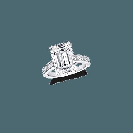 Classic Graff | Emerald Cut Ring, Diamond | Graff