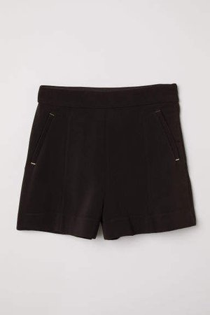 Fitted Shorts - Black