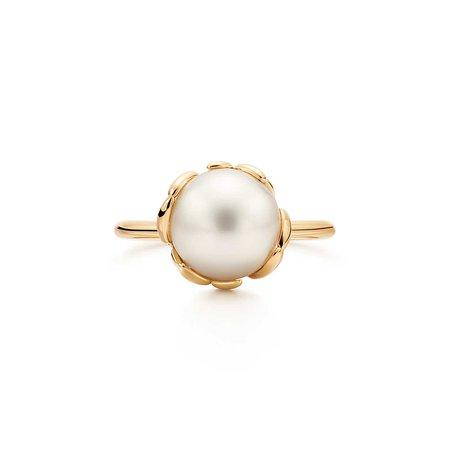 Olive Leaf Pearl Ring
