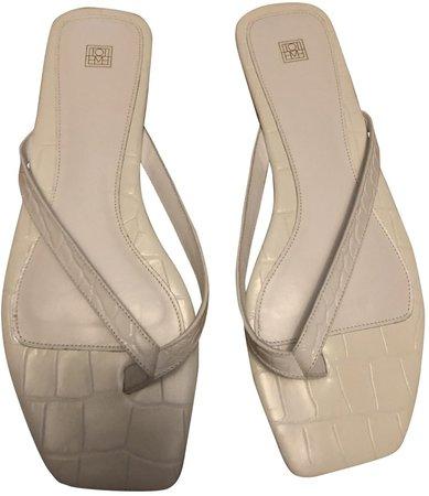 Flip-Flop Flat White Leather Sandals