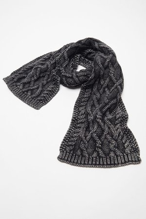 Dyed Cable Knit Scarf | Urban Outfitters