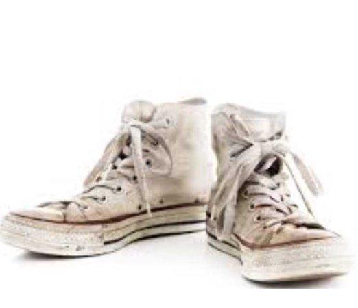 dirty white converse