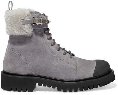 Garavani Rockstud 35 Shearling-trimmed Suede Ankle Boots - Light gray