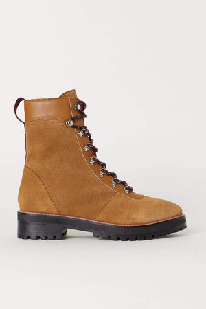 Suede Boots - Yellow