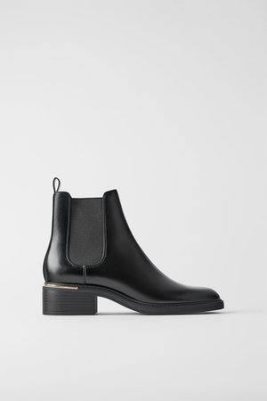 LOW HEELED ANKLE BOOTS WITH TRIM AT HEEL - View all-SHOES-WOMAN | ZARA Canada
