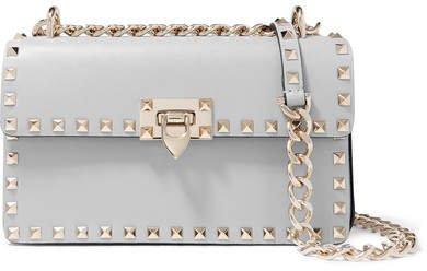 Garavani The Rockstud Leather Shoulder Bag - Light gray