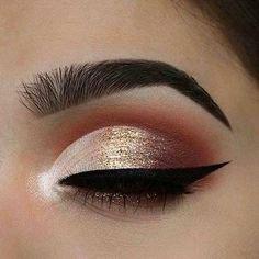 Gold eyeshadow - Perfect Golden Eyeshadow Ideas for Glam Makeup Looks #eyemakeup #eyeshadow #glittereyes #glammakeup   Burgundy makeup, Gold eye makeup, Eye makeup