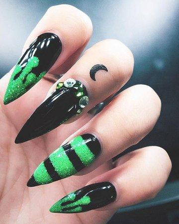 Gothic Black & Green Nails