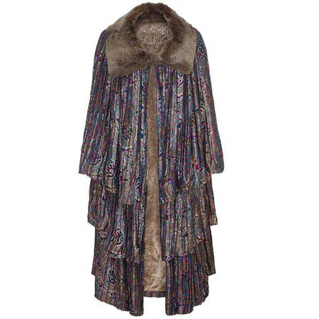 1920s Lame Tiered Opera Cape with Fur Collar For Sale at 1stdibs