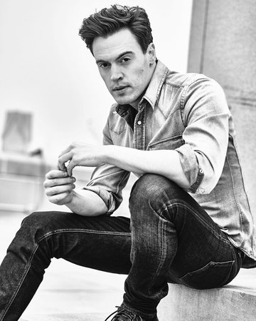 """Erich Bergen on Instagram: """"If you only knew how cold it was outside when I took this photo... 📸 by Christopher Logan."""""""