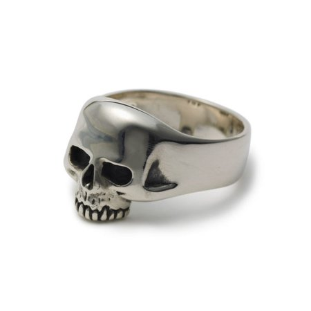 Smallest Evil Skull Ring – The Great Frog