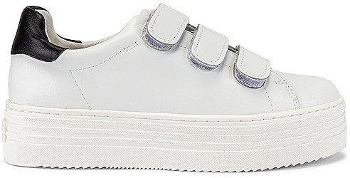Spence Sneaker